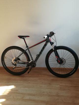 Bicicleta de montaña Scott 910 nueva.