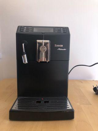 Cafetera súper automática Saeco