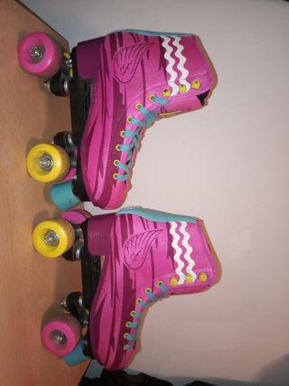Vendo patinetes de Soy Luna.