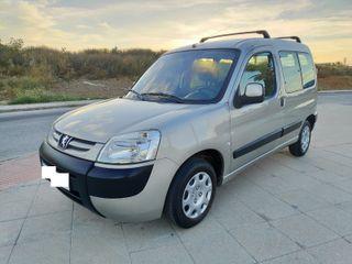 Peugeot Partner 1.6 HDI 75 CV TOTEM 5 PZ IMPECABLE