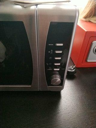 Microondas TEKA con grill sin usar