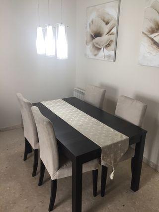 Comedor completo (mueble, mesa, 4 sillas)