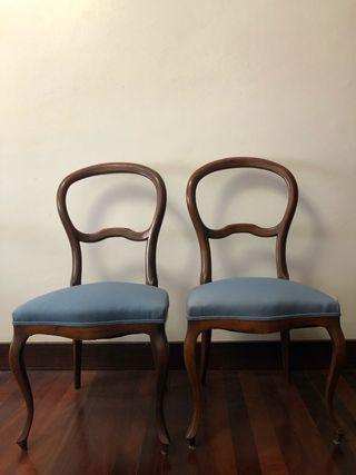 2 sillas antiguas de comedor