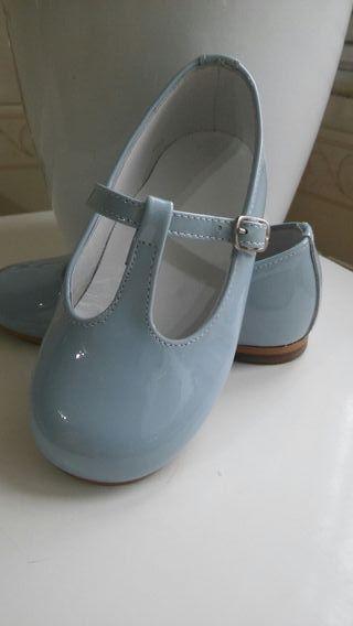 Zapatos niña talla 22