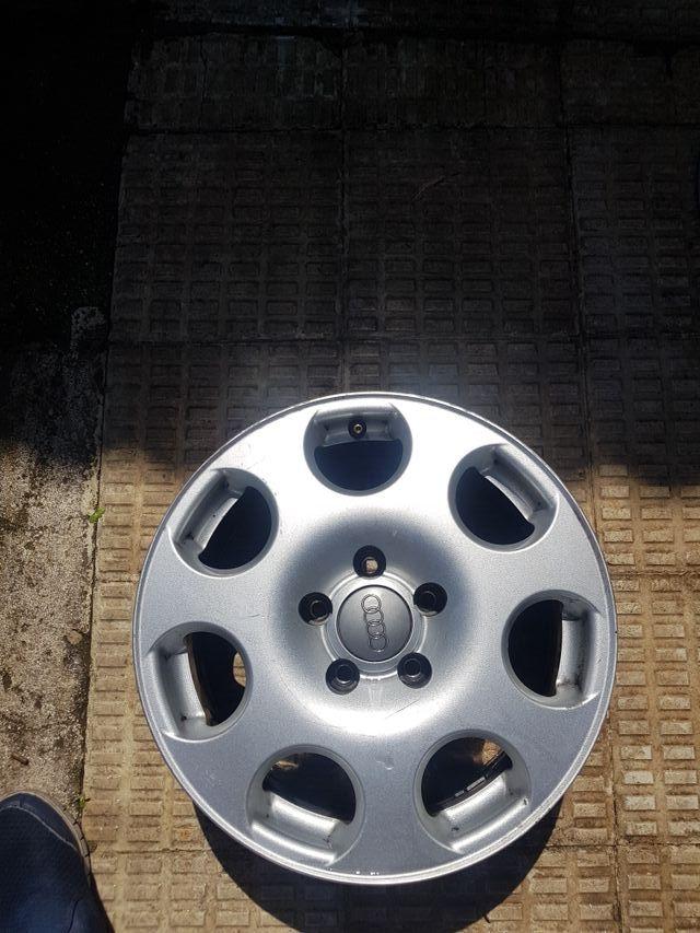 "Llanta 16"" Audi"