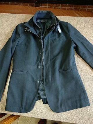 chaqueta hombre azul oscura tirando a negro