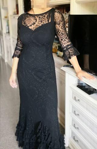 elegante vestido flamenco negro