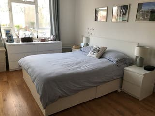 Queen double bed incl. 4 drawers + 2 side tables
