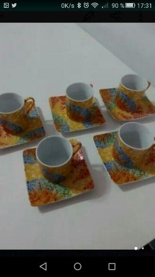 tacitas de cafe solo Gaudi