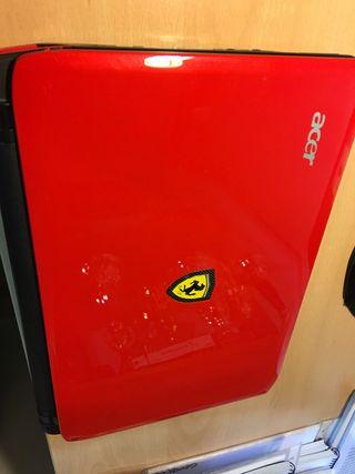 Portátil edición especial Ferrari