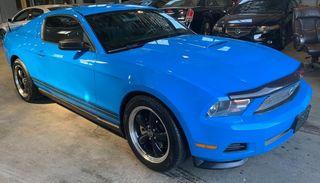 Ford Mustang coupe 3.7 muy cuidado cargado extras