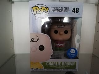 Charlie Brown funko Pop | Snoopy