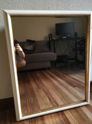 Espejo y mueble baño