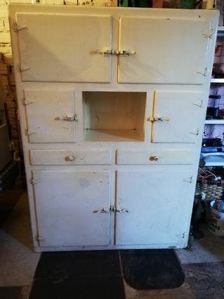 se vende armario antiguo