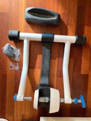 Rodillo bicicleta Bkool Smart Go