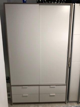 Armario IKEA color blanco