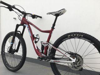 Bicicleta MTB 27,5 liv pique 3