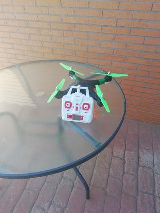 drones de inicio con repuestos modificados
