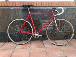 Bicicleta clásica contrapedal