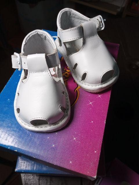 Sandalia bebé