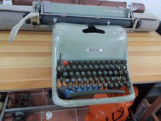 Máquinas escribir antigua