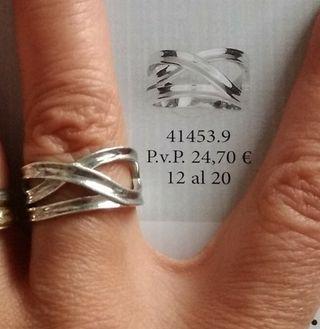 2f3d13c29c46 Anillo plata de segunda mano en la provincia de Ciudad Real en WALLAPOP