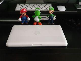Macbook Unibody Blanco 2,4 Ghz, 8gb ram, SSD