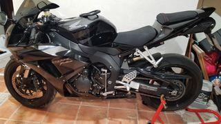 Honda CBR 1000RR 07