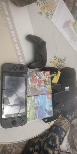 Nintendo Switch con Mario Oddisey Zelda mando etc