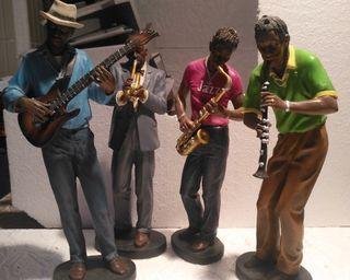 Lote 4 figuras de Conjunto de música de jazz 27x10