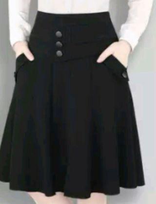 Falda de capa o vuelo