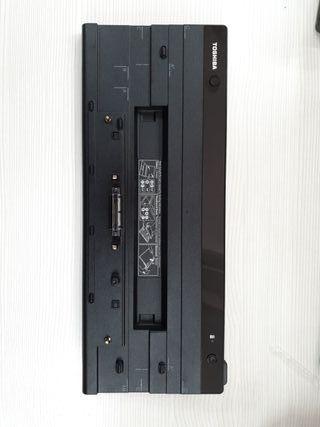 Base de conexión para Toshiba Tecra A50-A