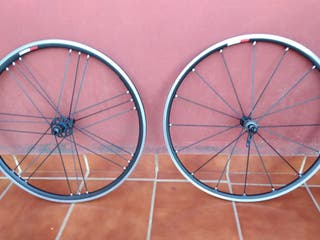 ruedas de bicicleta carretera