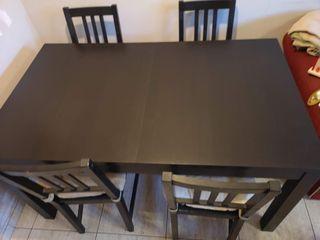 Mesa extensible + 4 sillas IKEA