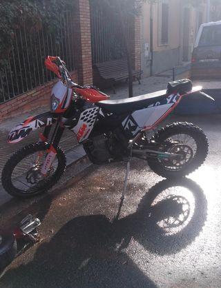 Vendo moto KTM 425