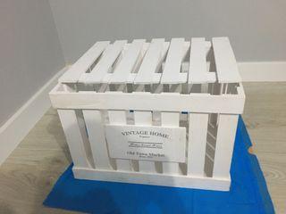 Caja de madera blanca, vintage