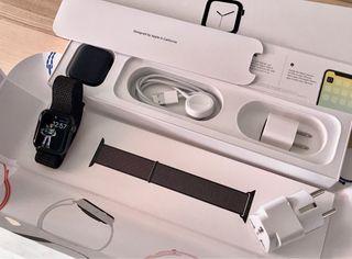 Apple Watch 4 40mm GPS Negro con Accesorios