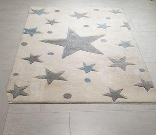 alfombra niño
