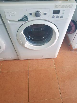 lavadora de 8kg fagor semi nueva
