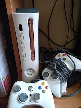 Xbox 360 con 2 mandos OFERTA