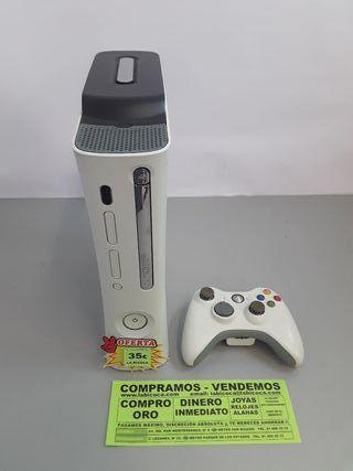 CONSOLA DE XBOX 360.
