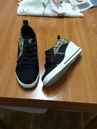 03593650d Zapatillas negras de segunda mano en la provincia de Barcelona en ...