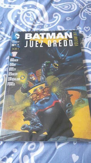 Comic Batman Juez Dredd