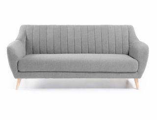 Sofá de estilo escandinavo