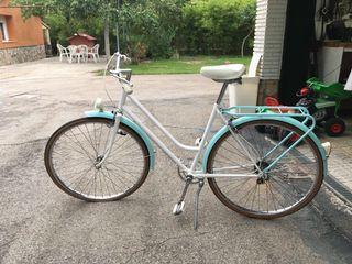 Bicicleta clásica renovada