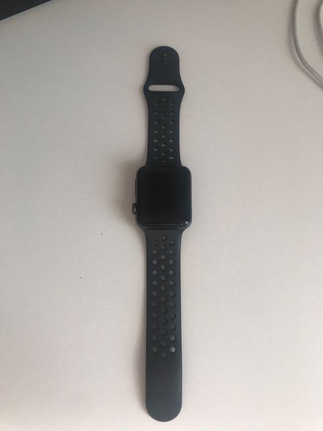 Apple Watch Series 3 Nike+ Editon 42mm