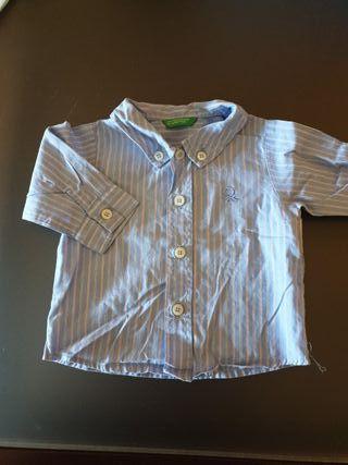 Camisa Benetton. Talla 1-3 meses.