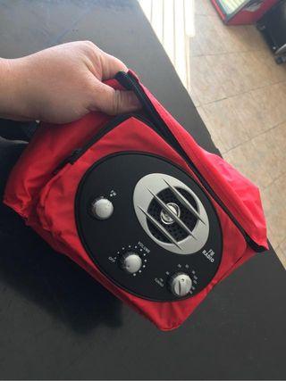 Nevera portatil de tela con RADIO COCA COLA PICNIC