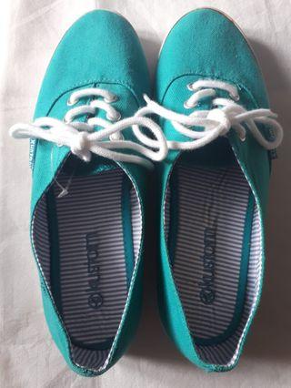 Zapatillas Kustom azules nuevas