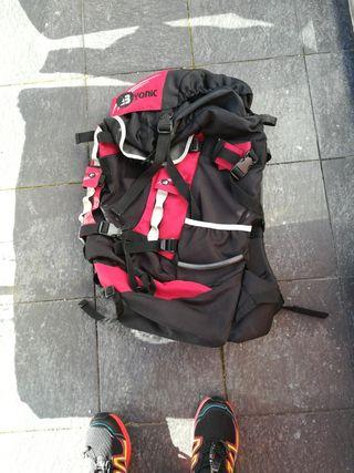 mochila trekking yonic